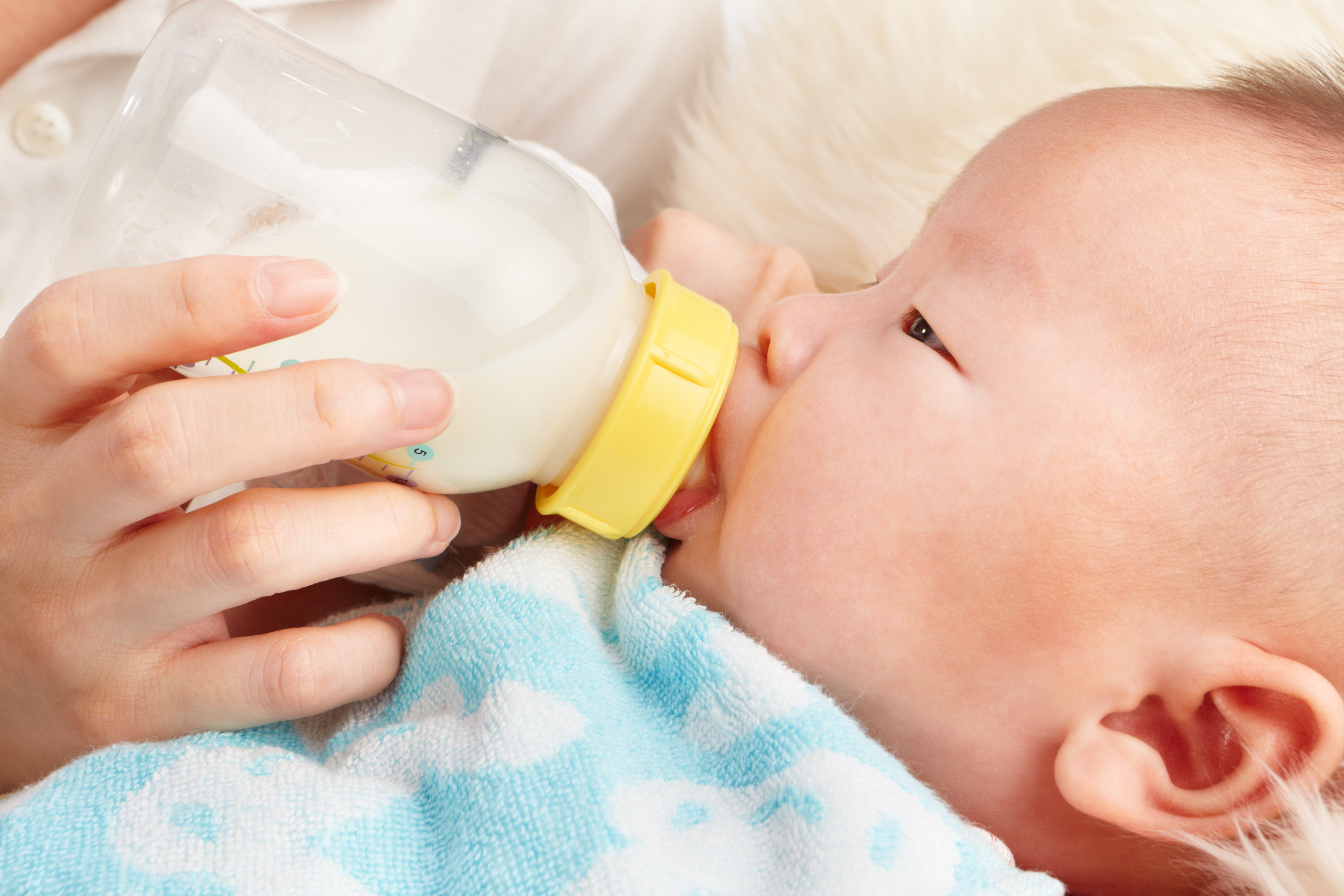 Babies Drinking Milk baby drinking bottle related keywords ...